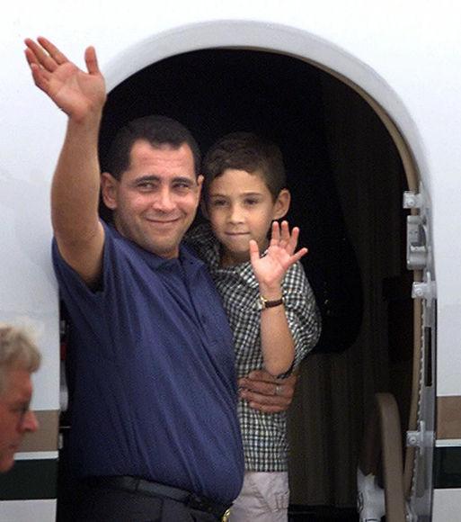 Juan Miguel Y Elian Regresan A Cuba