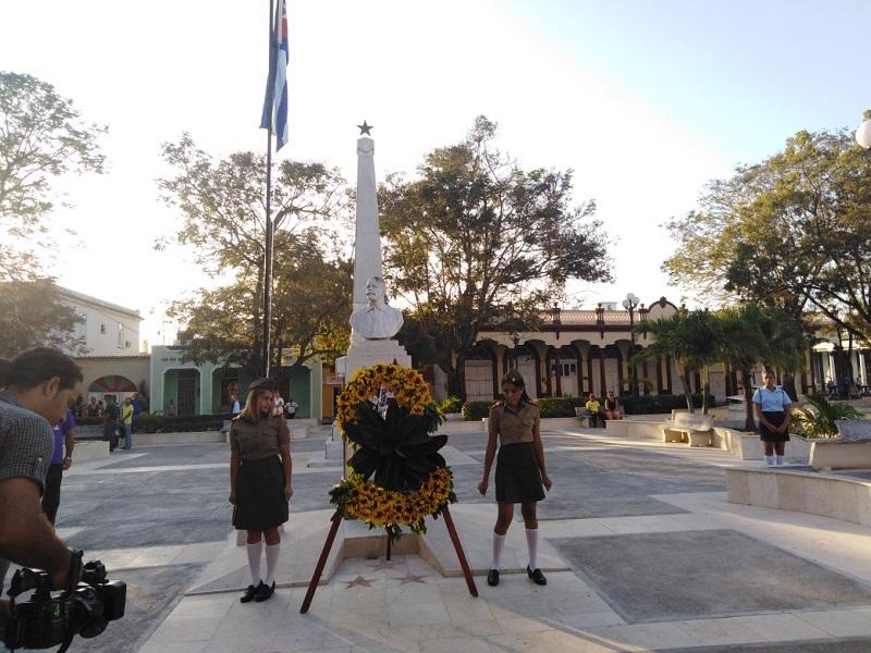 Los jóvenes juraron cumplir el deber que les toca ante los mártires de la patria