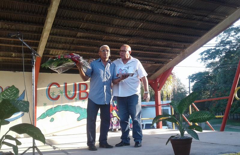 Premio del Barrio para Ricardo Batista Contreras