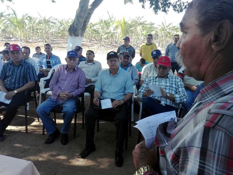 Machado Ventura recorre polos productivos en Holguín