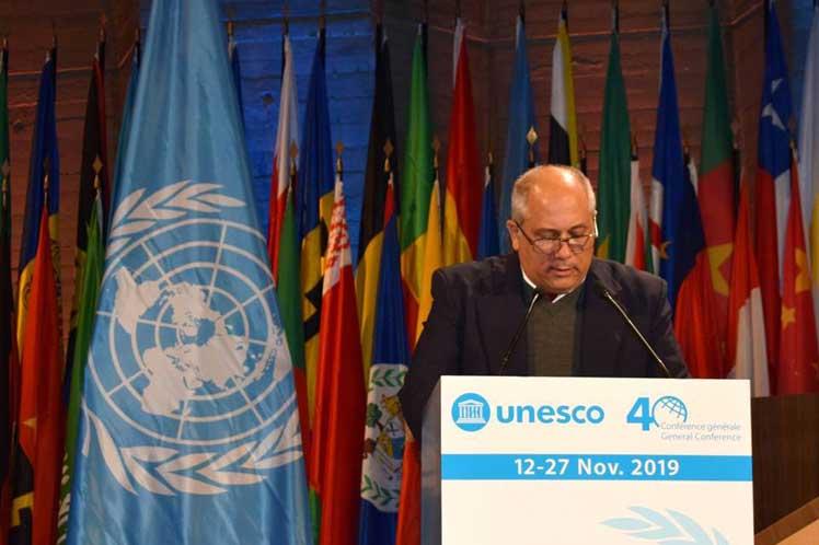 Despite US blockade, Cuba progresses, Cuban minister says at UNESC
