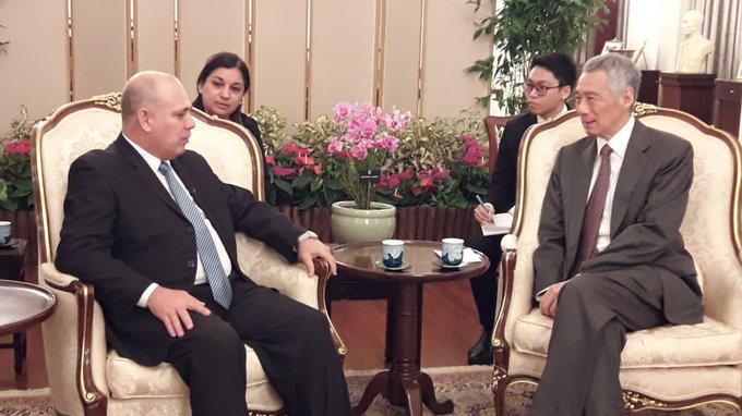 Visita Singapur vicepresidente del Consejo de Ministros, Roberto Morales Ojeda