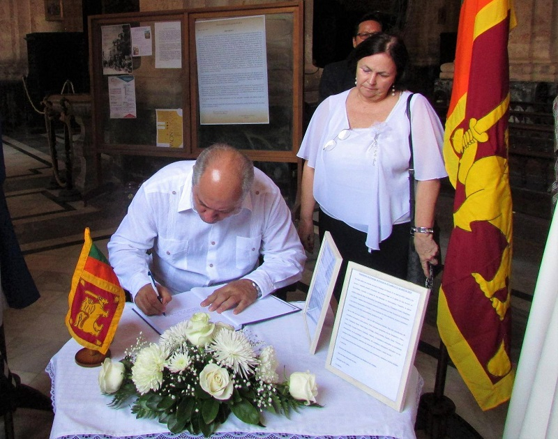 Ofician misa en La Habana en memoria a víctimas en Sri Lanka