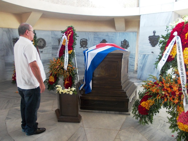Honores para Martí desde Santiago de Cuba