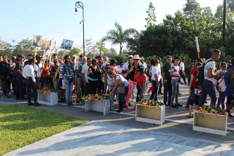 Peregrinación en homenaje a Fidel