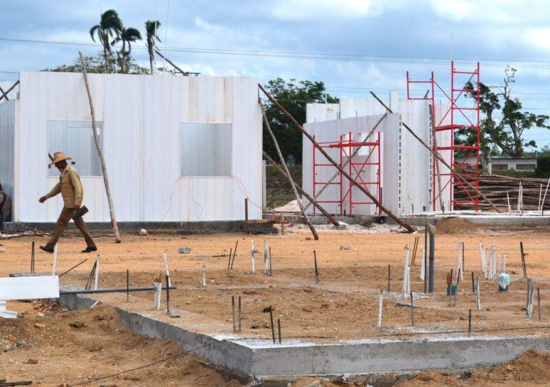 Entregan en Yaguajay 50 nuevas petrocasas