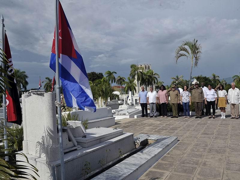 En audio: Tributo de Raúl a los Mártires de la Patria