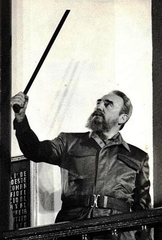 Santiago sigue dando a Fidel toda su lealtad