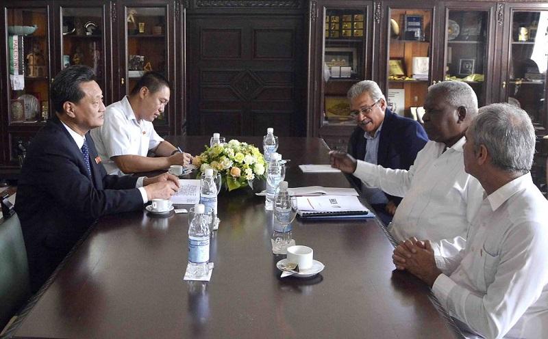 Recibe Lazo a embajadores de la RPD de Corea, Namibia y Gambia