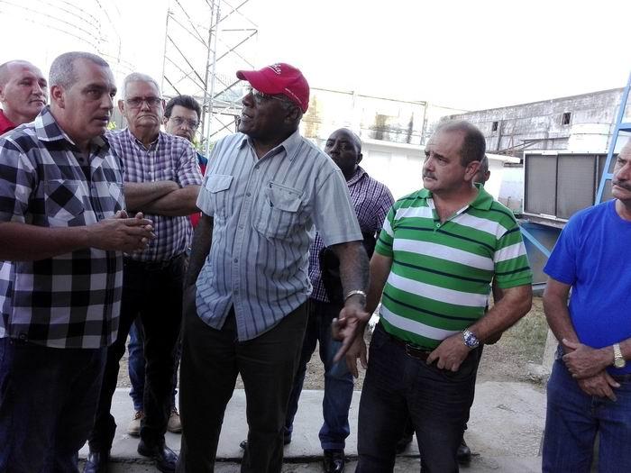 Chequea Salvador Valdés Mesa inversiones agrícolas en Pinar del Río