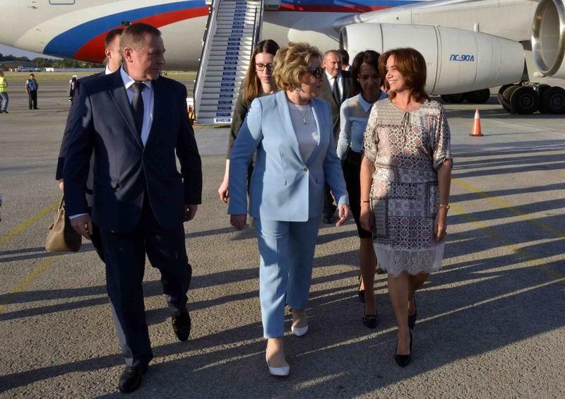 En Cuba, Presidenta del Senado ruso