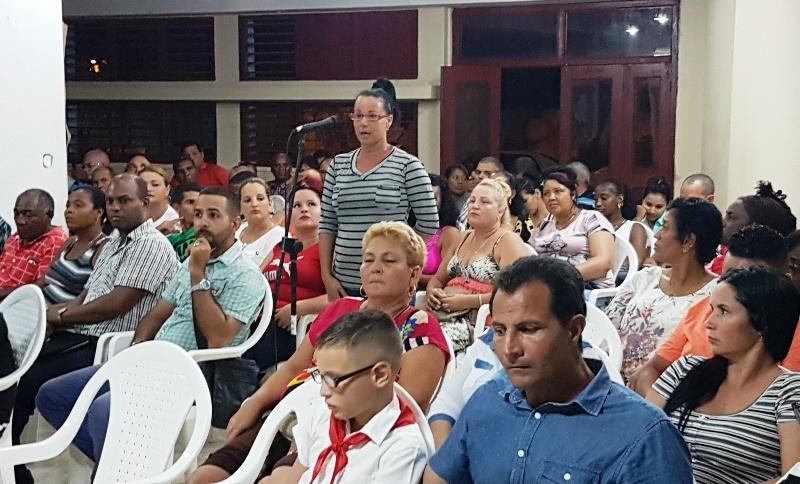 Diálogo en el barrio, pensando en Cuba, desde Camagüey