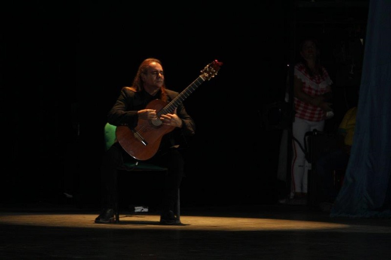 Frank País García.  Un hombre que nace