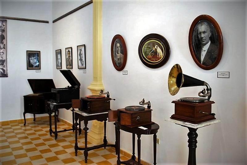 La Victrola se escucha en Holguín