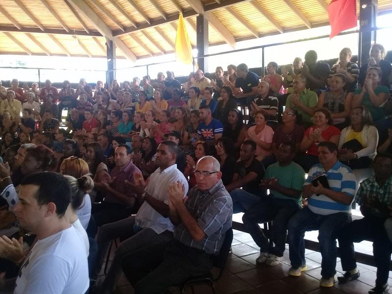 Cantan a colaboradores cubanos en Caracas