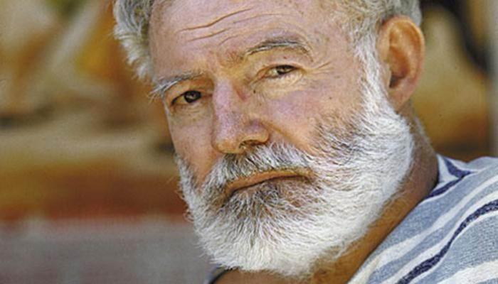 Develarán en La Habana escultura de Hemingway donada por artista sueco
