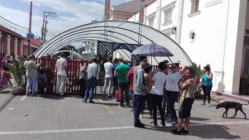 Editoriales locales prestigian Feria del Libro en Pinar del Río