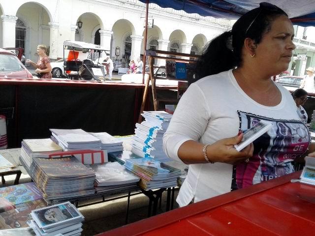 Feria Internacional del Libro para el disfrute de cienfuegueros