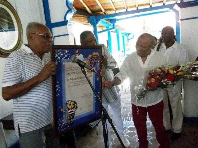 Llave de la Ciudad Heroica al destacado teatrista santiaguero Rubén Darío Salazar Taquechel