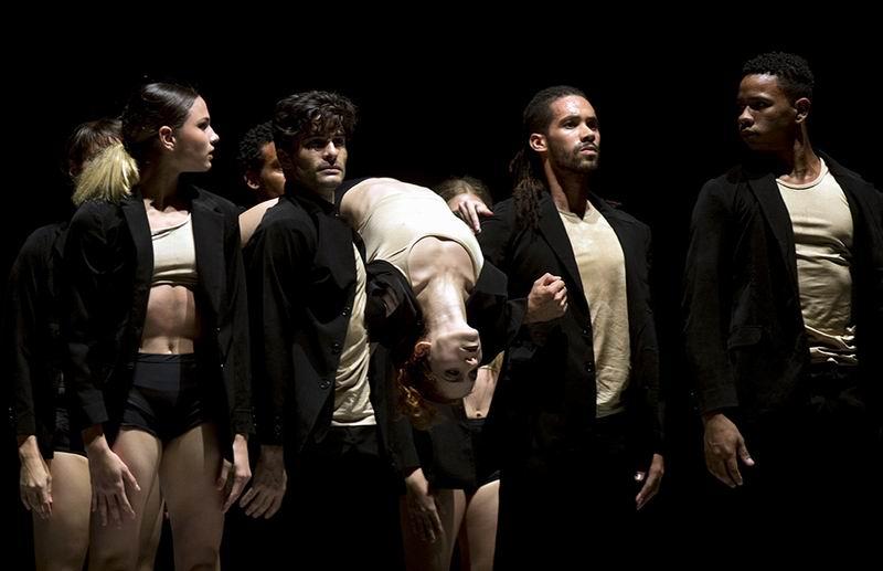 Acosta Danza presentó Alrededor no hay nada. Foto: Ismael Francisco