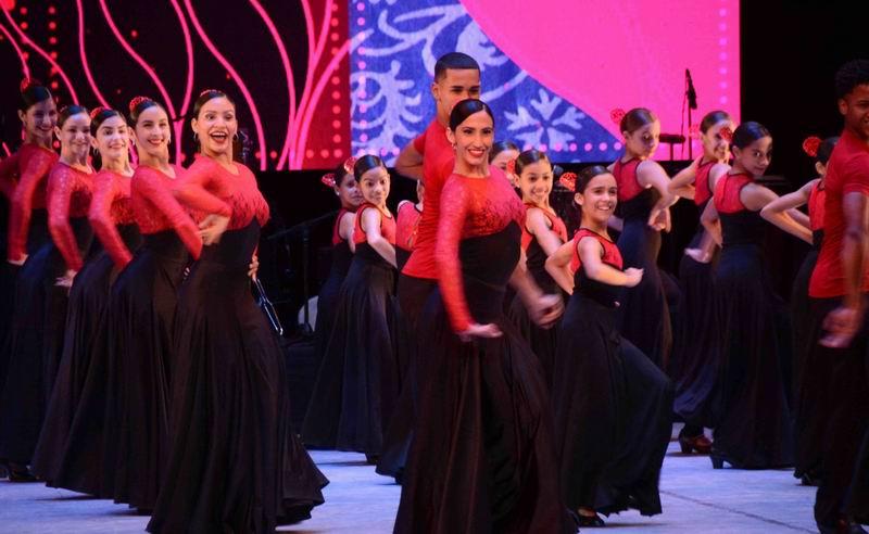 Reyes de España asisten a gala cultural en el Gran Teatro de La Habana