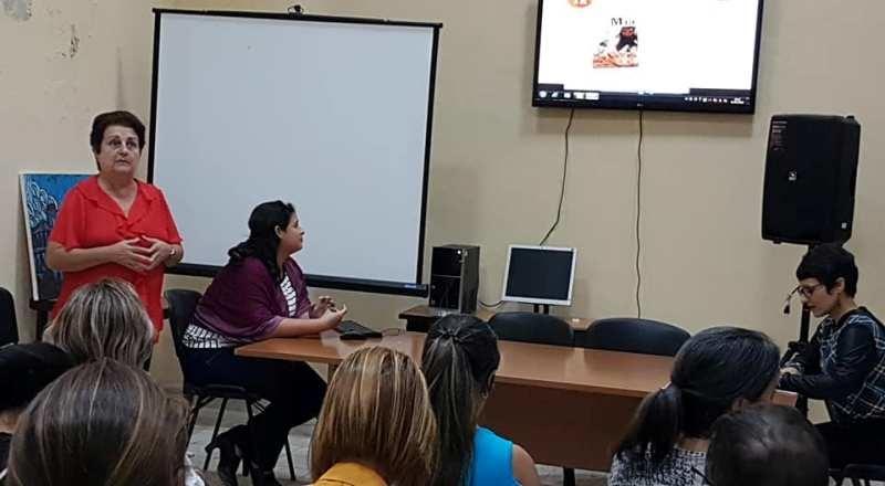 Sesiona 1er Taller nacional de la Prensa Escrita en Camagüey