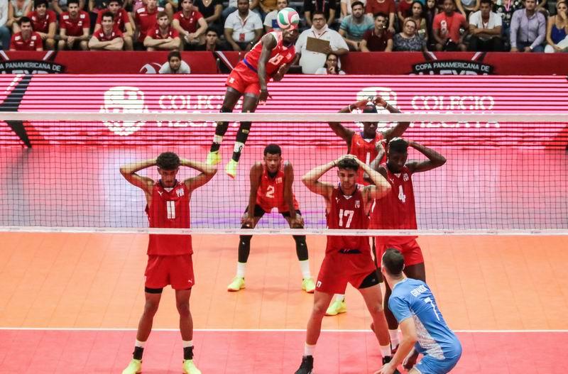 Buen debut cubano en Copa Panamericana de voleibol