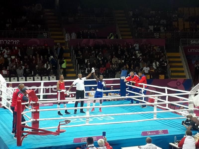 En audio: Boxeadores cubanos toman coliseo Miguel Grau en Lima