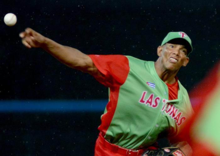 Excelente relevo de Yoalkis Cruz aseguró a Las Tunas ganar el tercer juego de la final de la pelota cubana