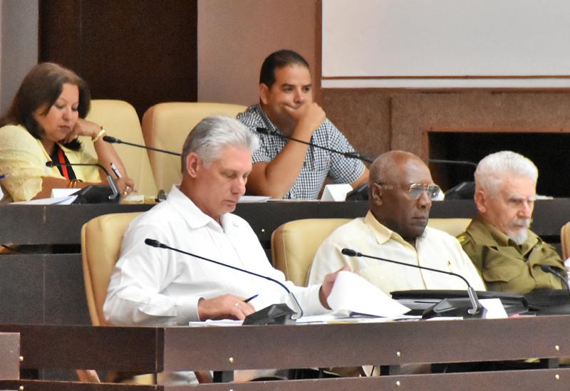 Actualiza Ministerio del Turismo al parlamento sobre estrategias de desarrollo del sector