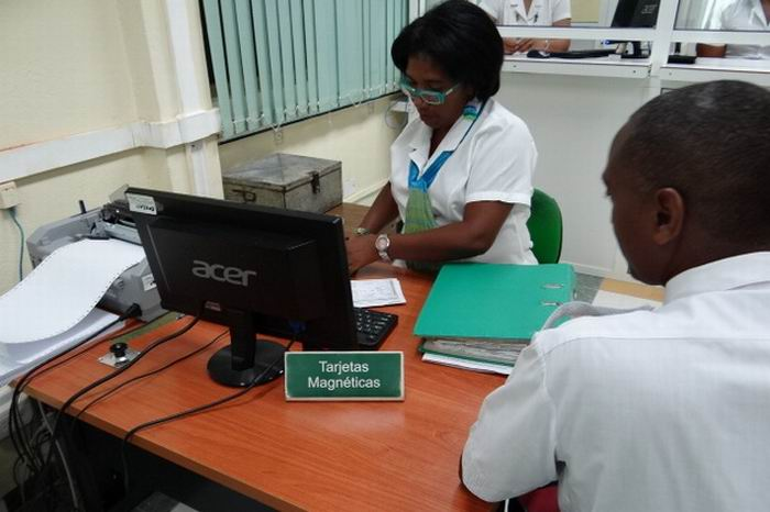 Cuban National Bank begins empowering debit cards in freely convertible currencies
