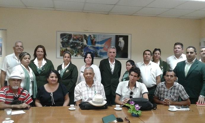 En Audio: Nuevos canales de pago en el Banco de la familia cubana