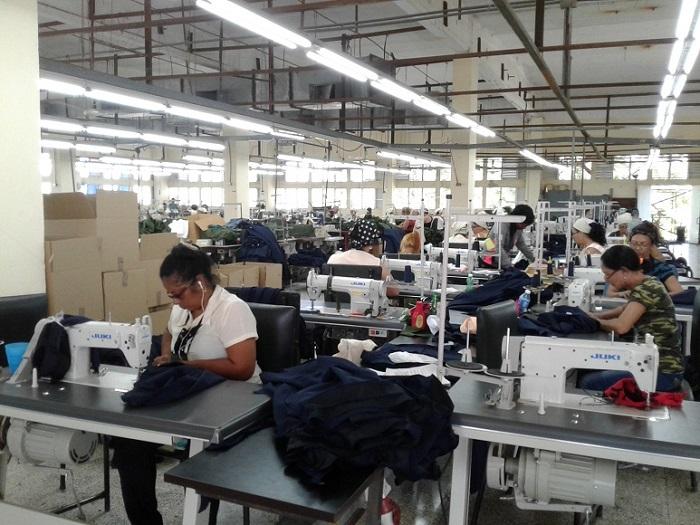 Celebrarán en Las Tunas el día del trabajador de la Industria Ligera