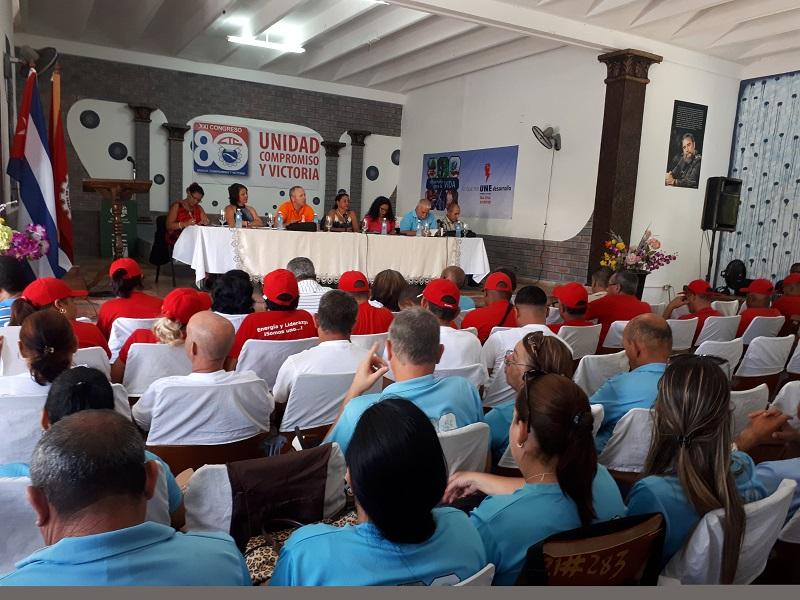Trabajadores del sindicato de Energía y Minas en Conferencia Sindical