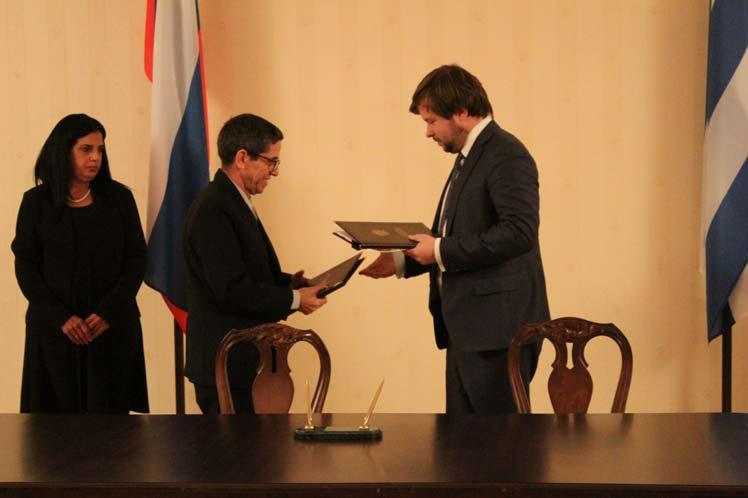 Programas energéticos e industria textil parte del intercambio cubano-ruso