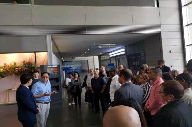 Delegación cubana cumple amplia agenda previo a feria en China
