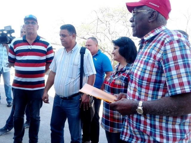 Llama Salvador Valdés en Cienfuegos a impulsar el trabajo de la economía cubana