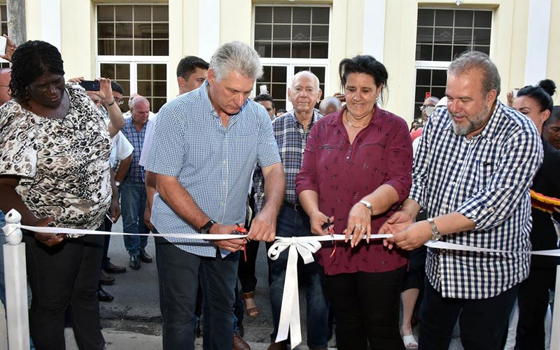 Diaz-Canel inaugurates colonial-style hotel in Matanzas