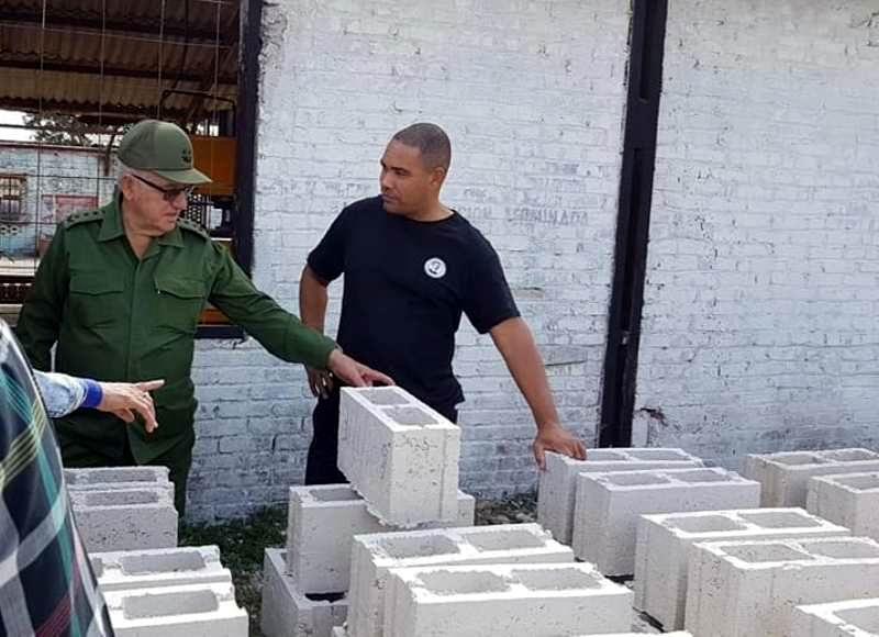 Chequean avance recuperación de viviendas en Camagüey