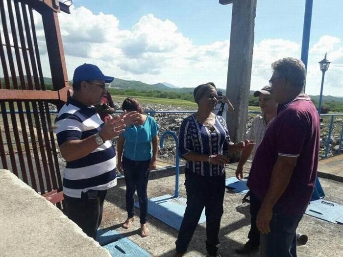 Comprueba vicepresidenta cubana marcha de inversiones hidráulicas en Santiago de Cuba