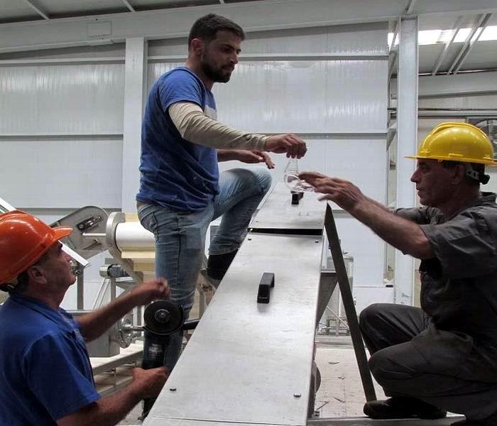 Montaje de nueva línea en la Empresa Ceballos fortalece encadenamientos productivos