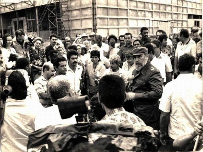 Fidel en la Fábrica de Quesos de Sibanicú