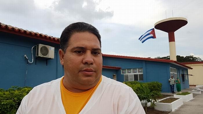 Jefe de Producción de la Fábrica de Quesos de Sibanicú, Guillermo Hernández