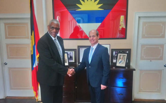 Governor General of Antigua and Barbuda receives Cuban deputy FMACN