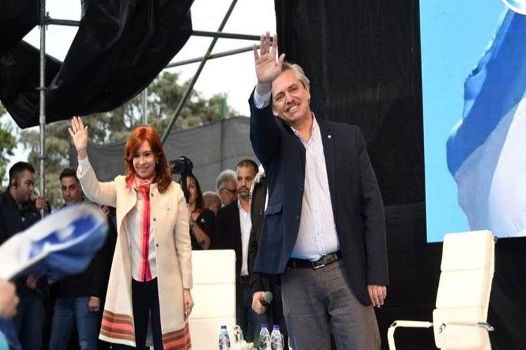 Intelectuales argentinos apoyan la candidatura de Alberto y Cristina