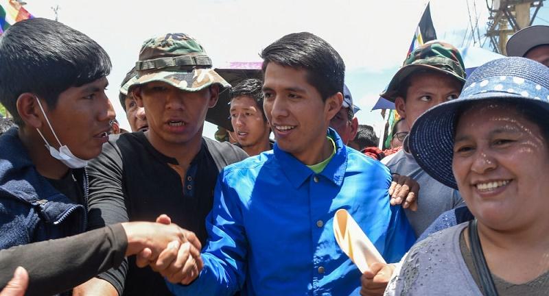Encabeza heredero político de Evo Morales las encuestas preelectorales en Bolivia