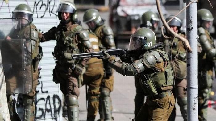 Arrecia represión de los Carabineros contra protestas populares en Chile