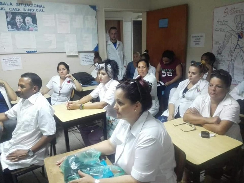 Celebran colaboradores cubanos el Primero de Mayo