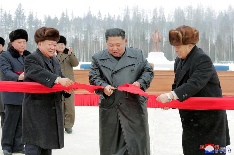 Kim Jong-un inaugura una ciudad creada de la nada en Corea del Norte