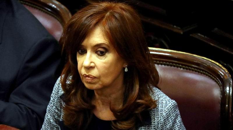 Expresidenta Cristina Fernández se enfrenta al primer juicio